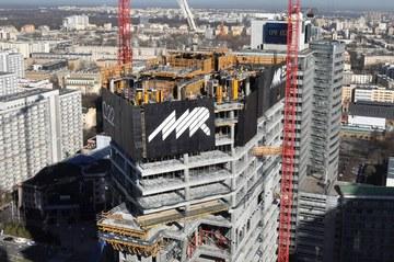 Budowa wieżowca Q22 w Warszawie
