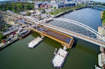 Dwa nowe mosty w Krakowie - kolejny etap modernizacji linii kolejowej E-30