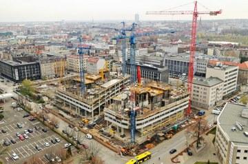 Dwa wieżowce w centrum Katowic - trwa budowa Global Office Park