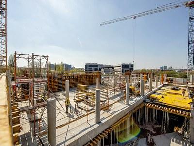 Idealna jakość powierzchni betonu dzięki deskowaniom ULMA