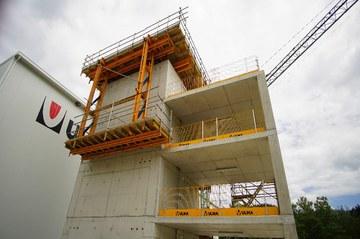 MBP nowy system zabezpieczeń krawędzi stropów