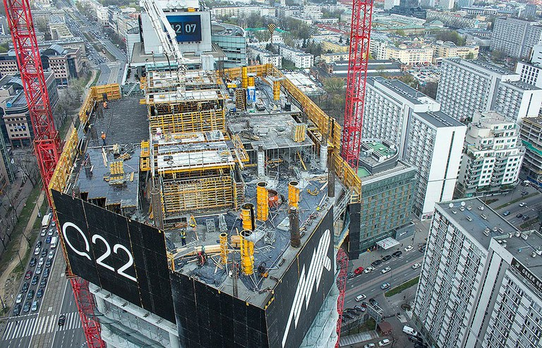 Q22, Warszawa